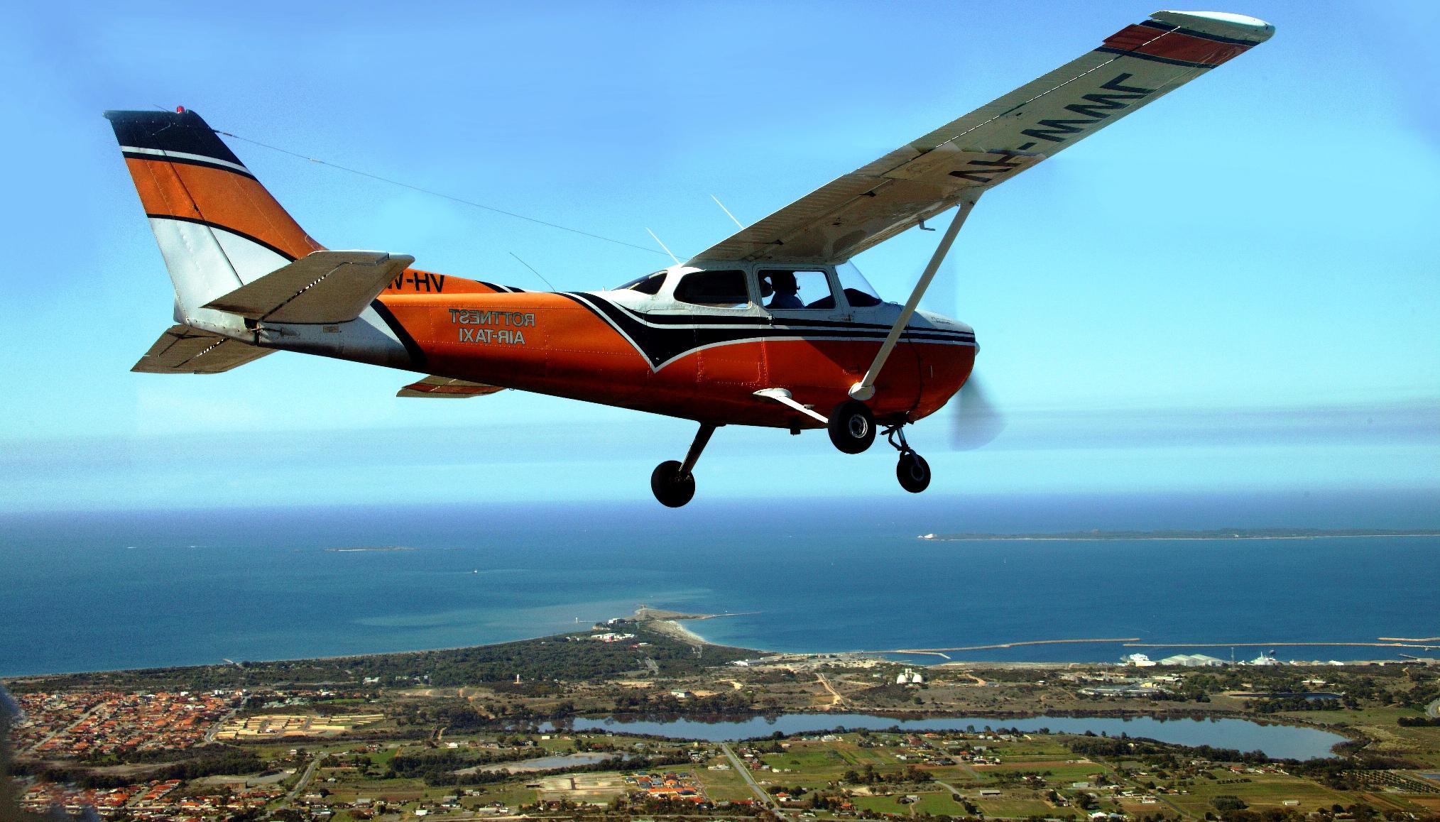 Air-Taxi Seaplane